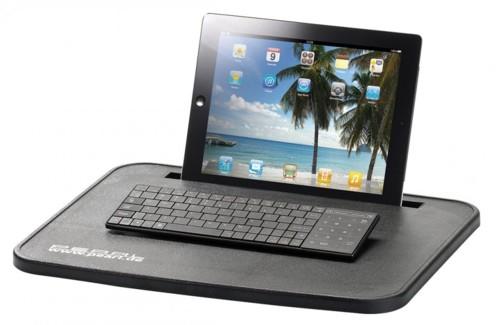 Station de travail avec support pour smartphone ou tablette
