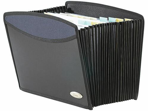 Un porte-documents équipé de 25 compartiments.