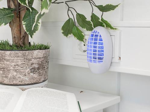 pi ge mouches et moustiques lectrique de 5. Black Bedroom Furniture Sets. Home Design Ideas