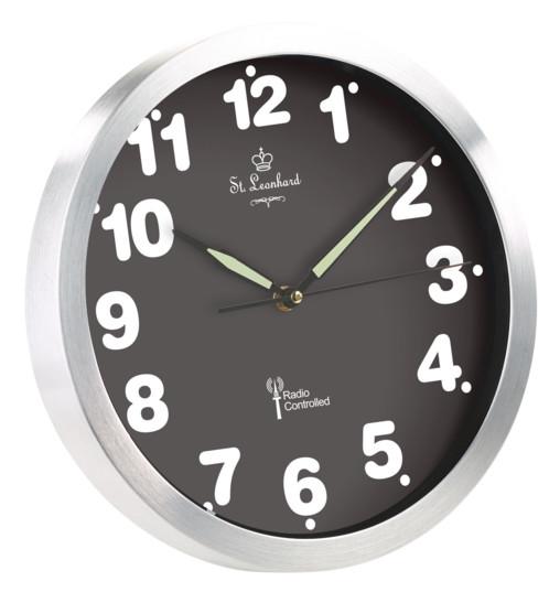 Horloge murale radio-pilotée à quartz avec chiffres lumineux