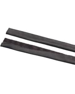 Gaine ''Passe-câble'' avec bande adhésive pour moquette - 1 m