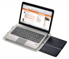 Support pour PC portable avec pavé tactile rétractable