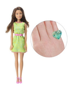 Barbie collection Friends : Teresa avec jupe verte