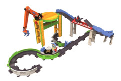 circuit petit train motiorisé avec grue chugginton livraison & cargaison express tomy locomotive koko
