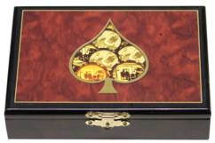 coffret de jeu en bois laqué avec peinture et 2 jeux de 52 cartes à jouer pour poker belote 421 black jack motif marqueterie pique et jetons
