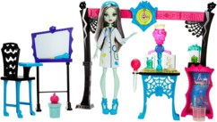 set de jouet monster high skulltimate science class mattel avec poupée frankie stein et laboratoire experiences