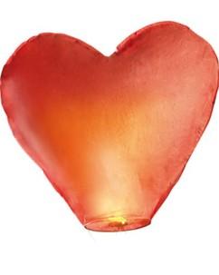 Lanterne volante porte-bonheur en forme de coeur