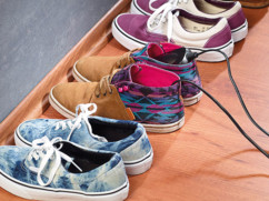 Mini sèche & chauffe-chaussures avec lampe UV