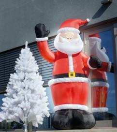 Père Noël gonflable avec bras mécanique - 270 cm