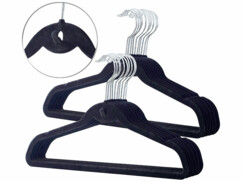 Vingt cintres ultra-minces avec crochet central de la marque Pearl.