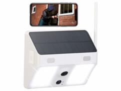 Caméra de surveillance solaire connectée IPC-780.solar blanche avec projecteurs LED.