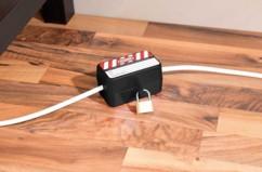 Boîtier de protection avec cadenas pour fiche d'alimentation électrique
