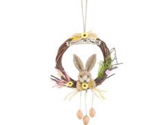 Couronne de Pâques avec un lapin.