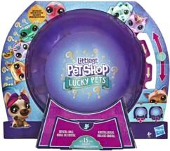 Boule de cristal Littlest Pet Shop avec 7 figurines aléatoires.