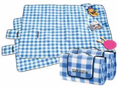 Lot de 2 couvertures de pique-niques imperméables à carreaux bleus et blancs.